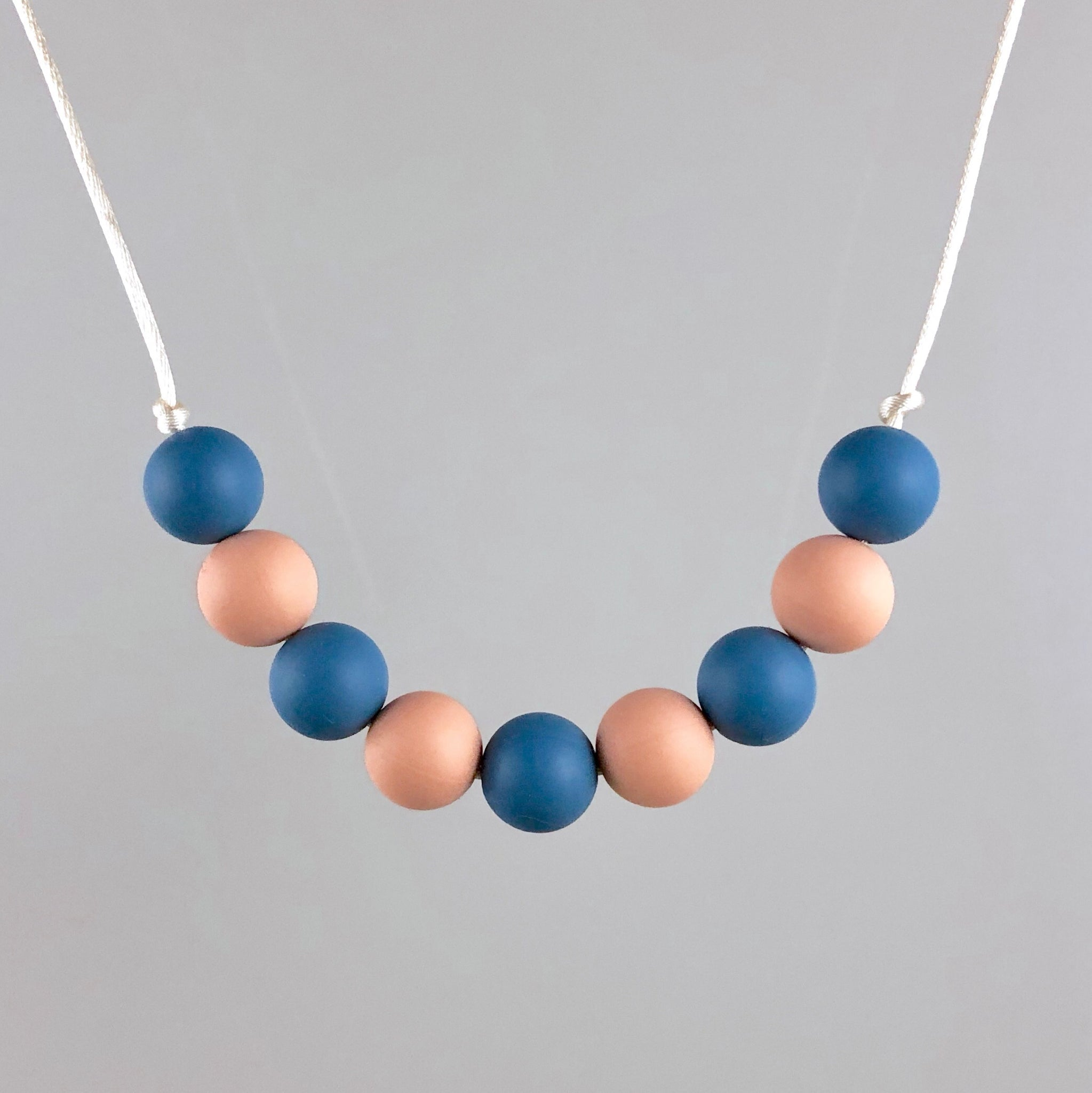 Tomboy Silicone Teething Necklace - Little Buds Teethers