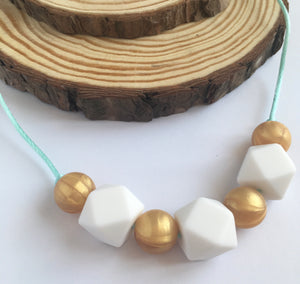 Glisten Teething Necklace