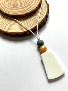 White Pendant Teething Necklace