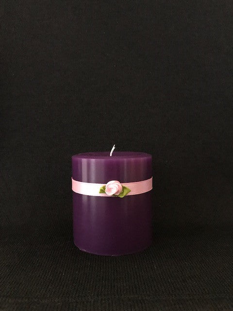Honeysuckle Scented Candle