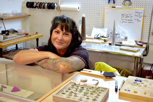 MIA RUSSI: GALLERY OWNER | JEWELRY DESIGNER