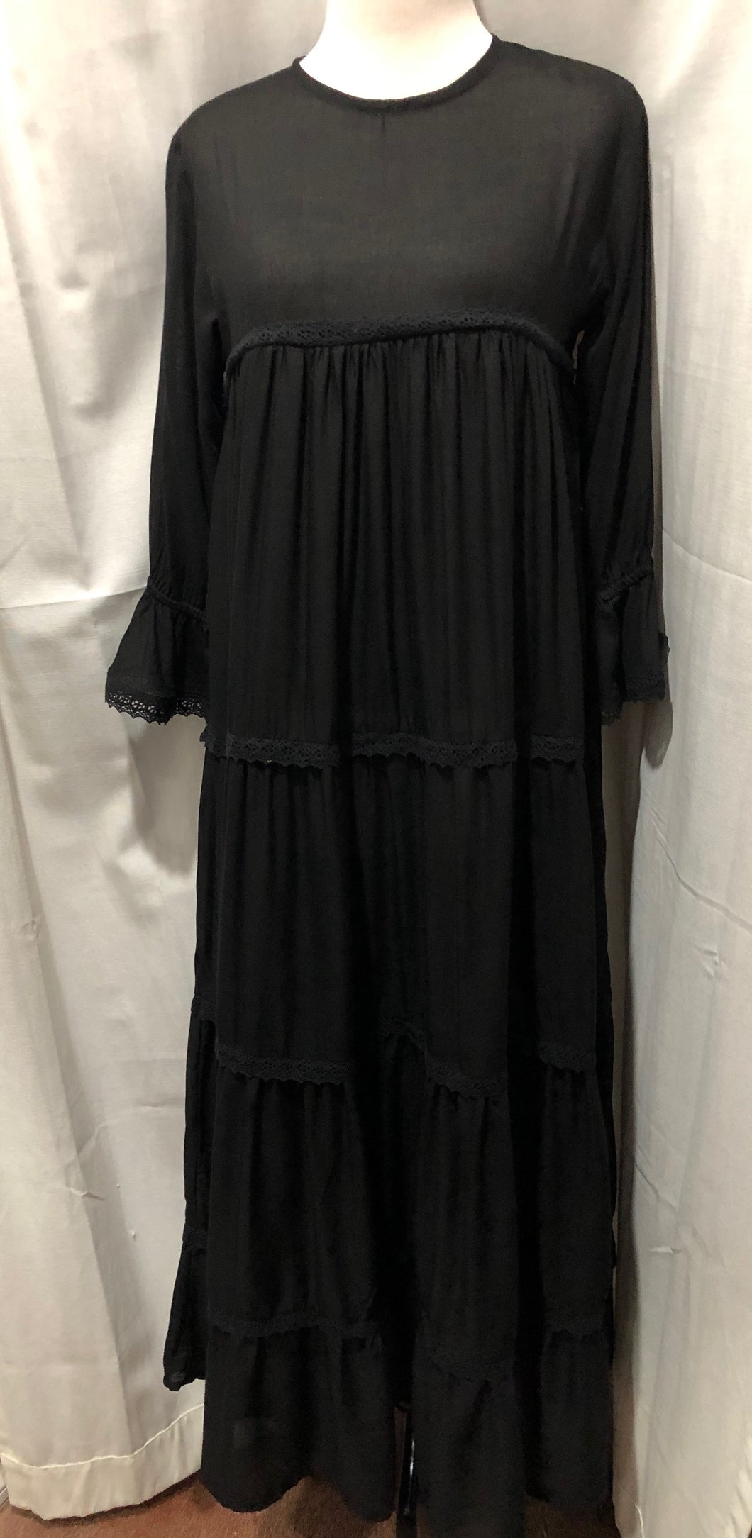 Eimeo - Matahari Maxi Dress Black