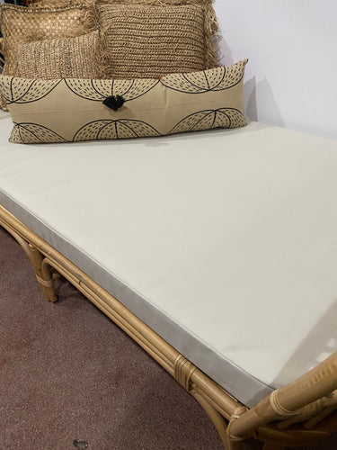 Diamond Daybed