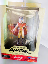 Avatar the Last Airbender Aang Action figure with interchangeable hands, Momo figure and Aang's glider!