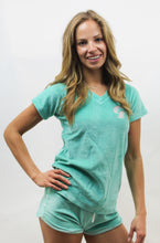 Load image into Gallery viewer, CALIFORTUNE PALMS V-NECK TEE JADE