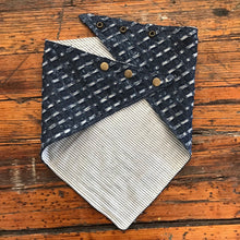 Load image into Gallery viewer, BANDANA TEXTURED INDIGO W/ BONE STRIPE