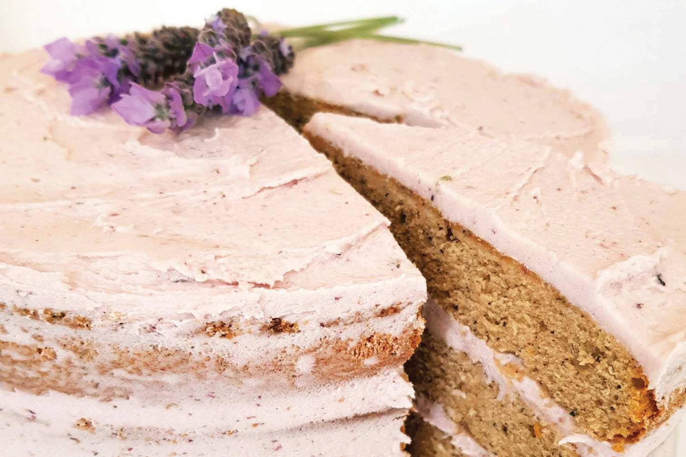 Our Famous Lavender Cake with Organic Earl Grey Tea - RECIPE
