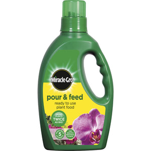 Miracle-Gro Pour and Feed