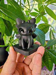 Obsidian BABY Toothless Night Fury Dragon Carving
