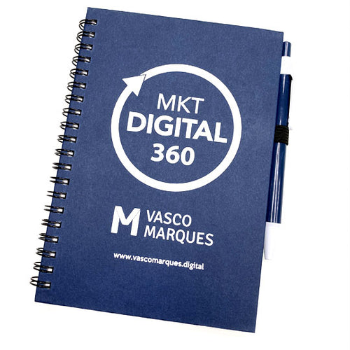 Caderno com caneta - Marketing Digital 360
