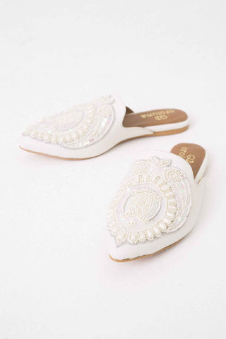 Shoes Flats White