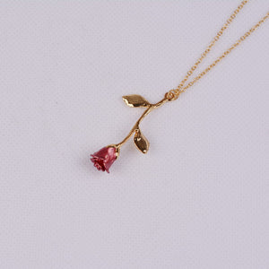 Silhouette Juliet Rose Necklace
