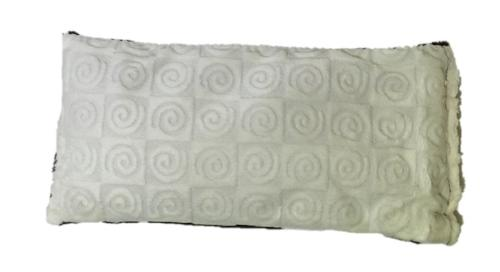 Eye pillow -top view -cream swirl velour