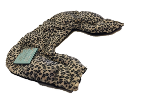 U-shaped shoulder wrap  - leopard fur print velour-side angle view
