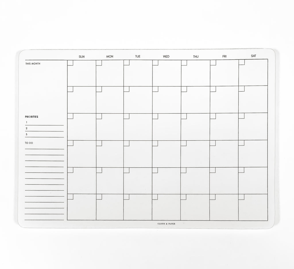UNDATED MONTHLY DESK PAD