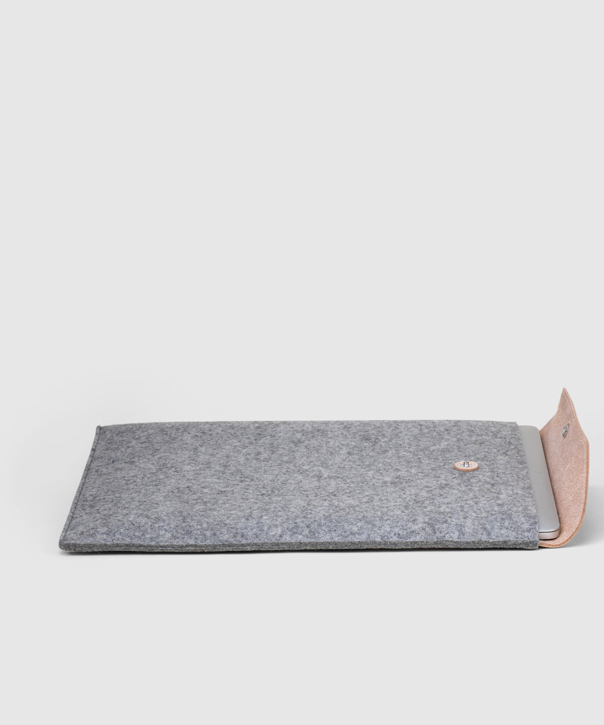 Merino Wool & Leather Laptop Sleeve