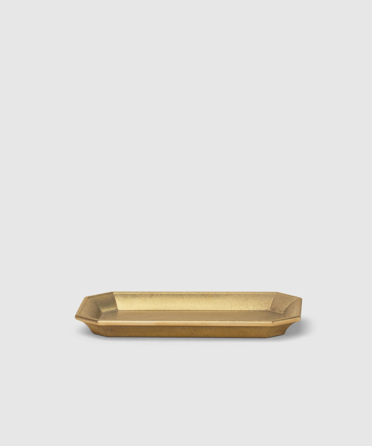 Tidy Brass Organizing Tray – Medium