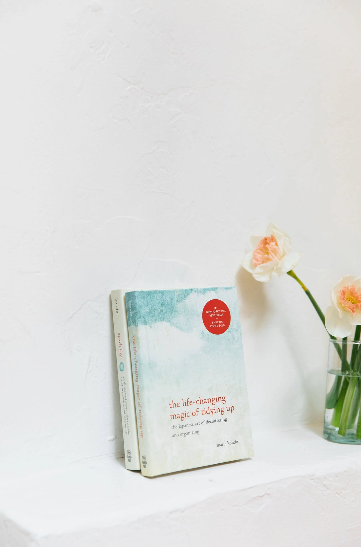 'The Life-Changing Magic of Tidying Up' and 'Spark Joy' Book Set