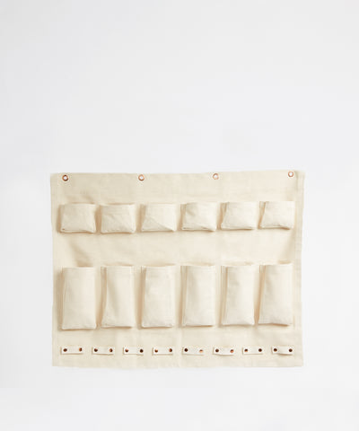 Wall organizer with 20 pockets for hanging storage
