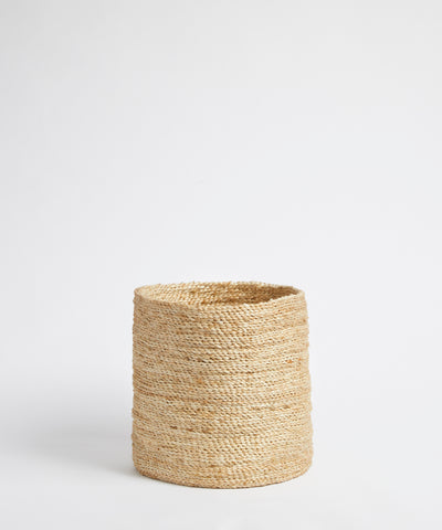 Versatile & Neat Medium Jute Basket