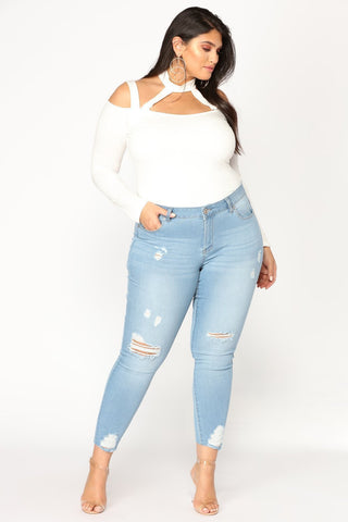 Ladies Plus Size Knee Rip Distressed White Washed  Skinny Jean