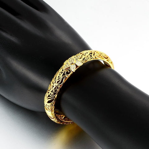 Image of Gold enamel carving pattern bracelet
