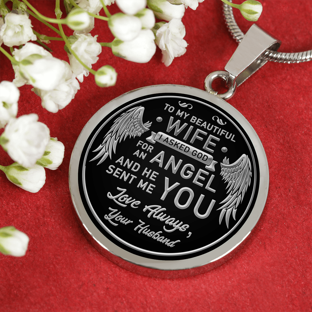 TO MY WIFE - LUXURY SILVER CIRCLE ENGRAVED NECKLACE