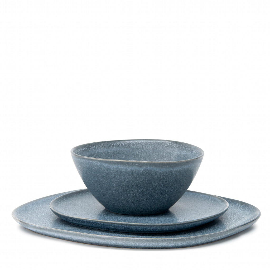 For a dramatic twist on your traditional dinnerware, look to this twelve-piece ARCH dinner set by Salt&Pepper. With a focus on angular shapes and reactive glazing, this earthy stoneware set in blue includes 4 x dinner plates, 4 x side plates and 4 x bowls.| Bliss Gifts & Homewares | Unit 8, 259 Princes Hwy Ulladulla | South Coast NSW | Online Retail Gift & Homeware Shopping | 0427795959, 44541523
