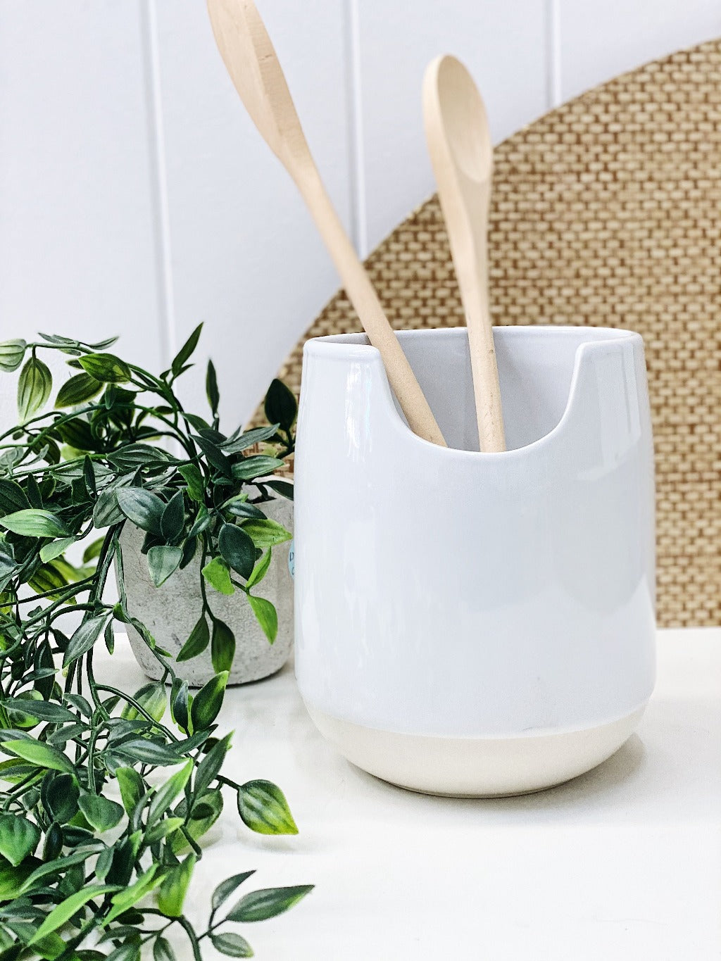 Beacon White Utensil Holder - Salt&Pepper - 13x15cm - crafted from fine-quality and long-lasting stoneware. Generously sized holder. Will keep your benchtop clean and organised. |Bliss Gifts & Homewares - Unit 8, 259 Princes Hwy Ulladulla - Shop Online & In store - 0427795959, 44541523 - Australia wide shipping