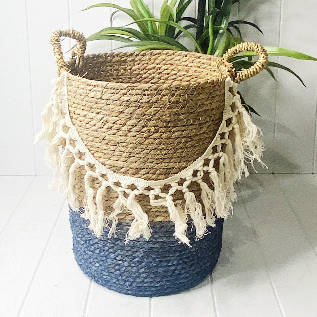 Keep toys, magazines and other home essentials neatly tidied away with our Coastal Fringe Basket that are stylish baskets and storage accessories for the home. Small - 32x24cm, Medium - 36x29cm, Large - 37x32cm.| Bliss Gifts & Homewares | Unit 8, 259 Princes Hwy Ulladulla | South Coast NSW | Online Retail Gift & Homeware Shopping | 0427795959, 44541523