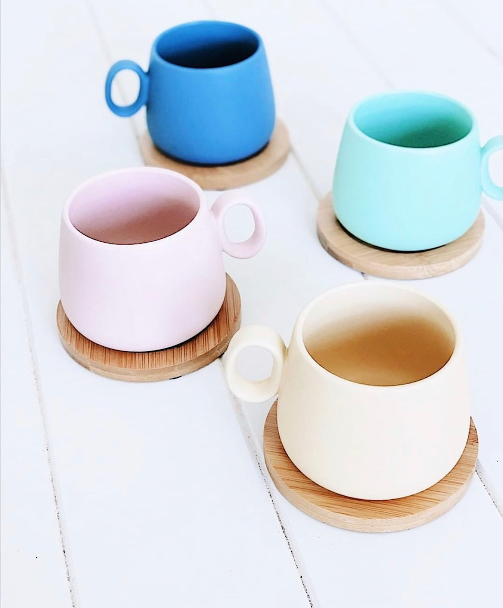 Enjoy the perfect coffee experience with the Coffee Culture 8 Piece Coffee Mug Gift Set. This trendy colourful mug set is made from Quality Ceramic in a modern design, with a Matte finish. Set includes 4 250ml coloured Mugs & 4 Bamboo Coasters. Shop online or instore. AfterPay available. Australia wide Shipping. | Bliss Gifts & Homewares | Unit 8, 259 Princes Hwy Ulladulla | South Coast NSW | 0427795959, 44541523