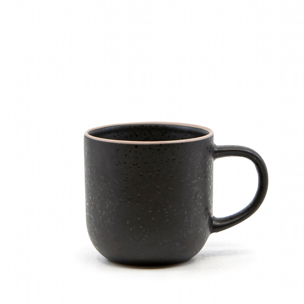 Ideal for everyday use is Salt&Pepper's four-piece HANA mug set in Black, made from durable stoneware. Each 380ml mug has a simple yet modern shape with a slight speckle tone throughout and a bare rim.| Bliss Gifts & Homewares | Unit 8, 259 Princes Hwy Ulladulla | South Coast NSW | Online Retail Gift & Homeware Shopping | 0427795959, 44541523