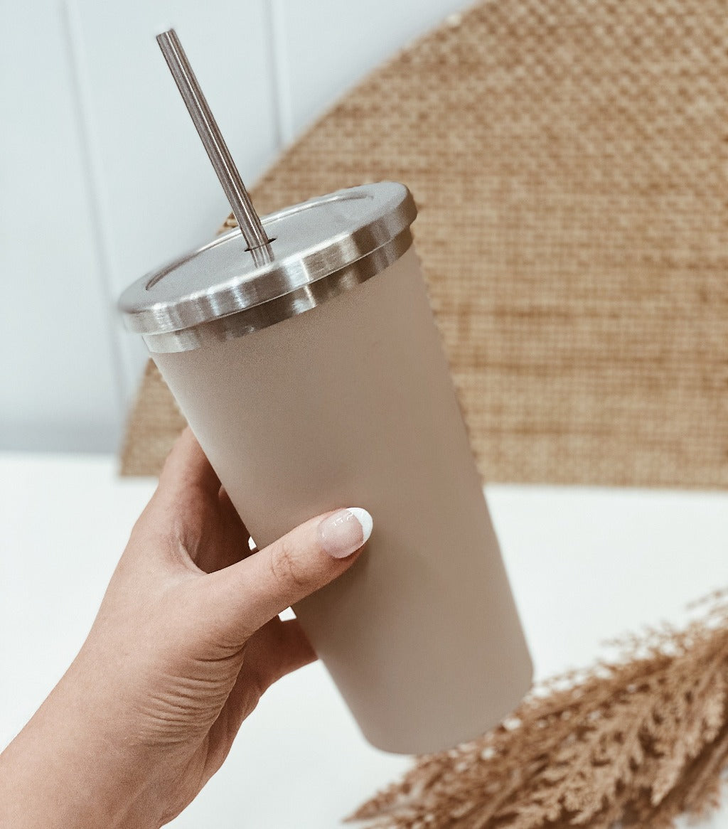Stay hydrated on-the-go with salt&pepper's 570ml Hydra Cup with Straw in Soft Clay. This double-walled vacuumed-insulated stainless-steel cup with straw will keep your beverages hot or cold for longer. Shop online. AfterPay available. Australia wide Shipping | Bliss Gifts & Homewares - Unit 8, 259 Princes Hwy Ulladulla - 0427795959, 44541523