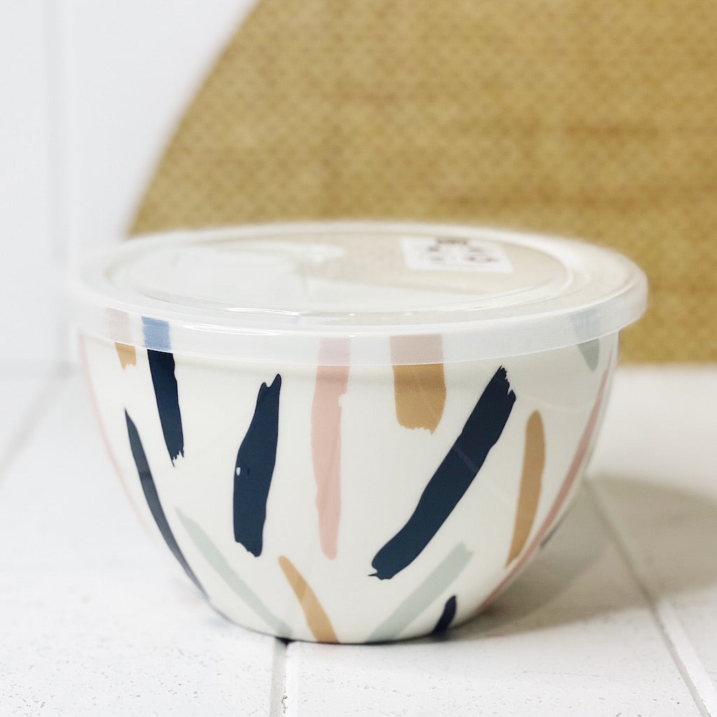 Lunch2Go Bowl with Lid – Scribe - Salt&Pepper - airtight 15x9cm bowl in Scribe - BPA-free lid with a vent - Microwave and dishwasher safe - porcelain bowl is ideal for work or travel. |Bliss Gifts & Homewares - Unit 8, 259 Princes Hwy Ulladulla - Shop Online & In store - 0427795959, 44541523 - Australia wide shipping