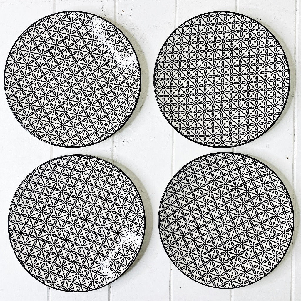 Moroccan Style Entree Plate Set of 4 - Black & White Tile - 22cm Moroccan Style Entree Plate in Small is perfect for an entree, small meals, sandwich or a side dish. - Plate sets come pre picked and as such patterns are already chosen |Bliss Gifts & Homewares - Unit 8, 259 Princes Hwy Ulladulla - Shop Online - 0427795959, 44541523 - Australia wide shipping