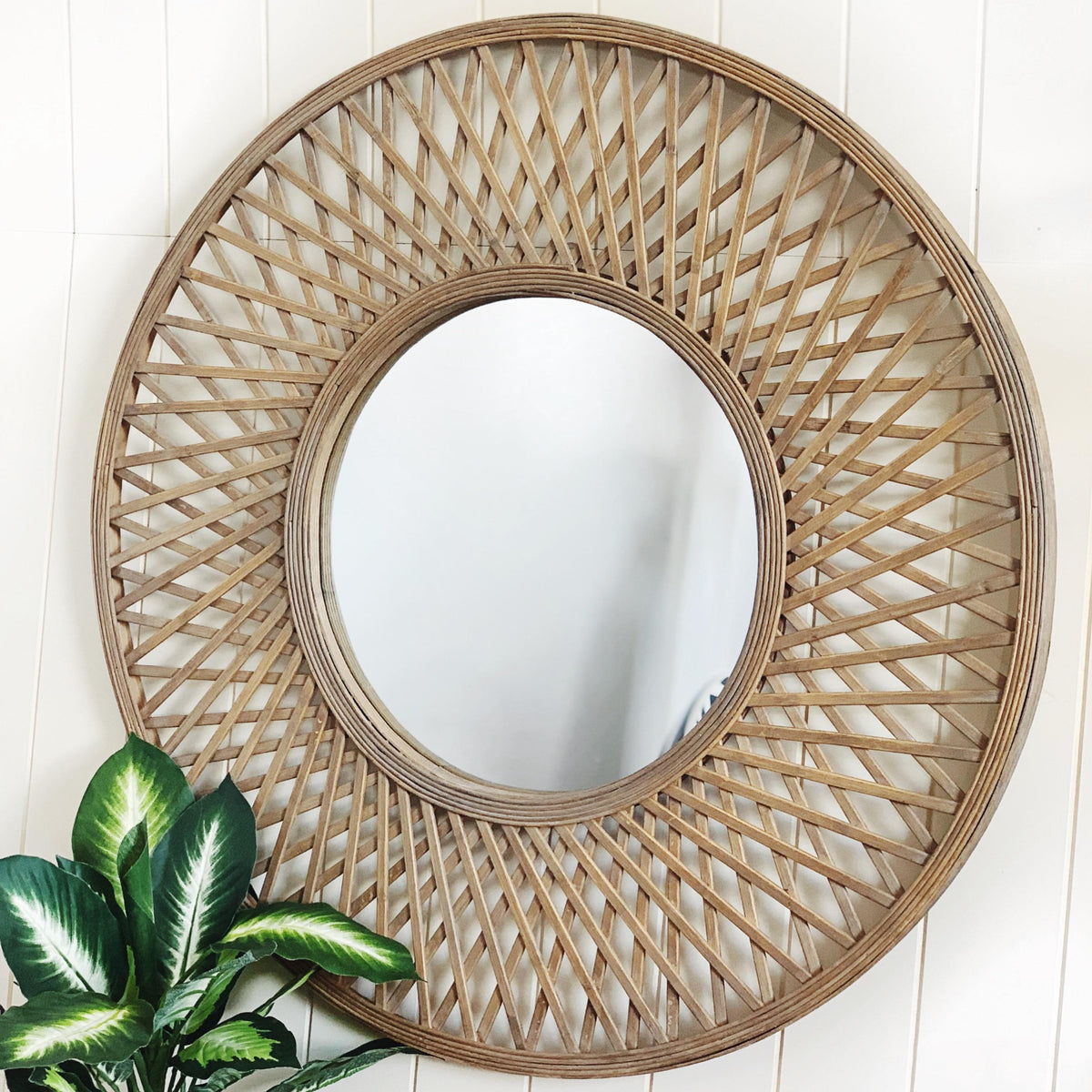 Mirrors - Rattan - Natural Oasis Round Rattan Mirror - 79cm |Bliss Gifts & Homewares - Unit 8, 259 Princes Hwy Ulladulla - Shop Online & In store - 0427795959, 44541523 - Australia wide shipping