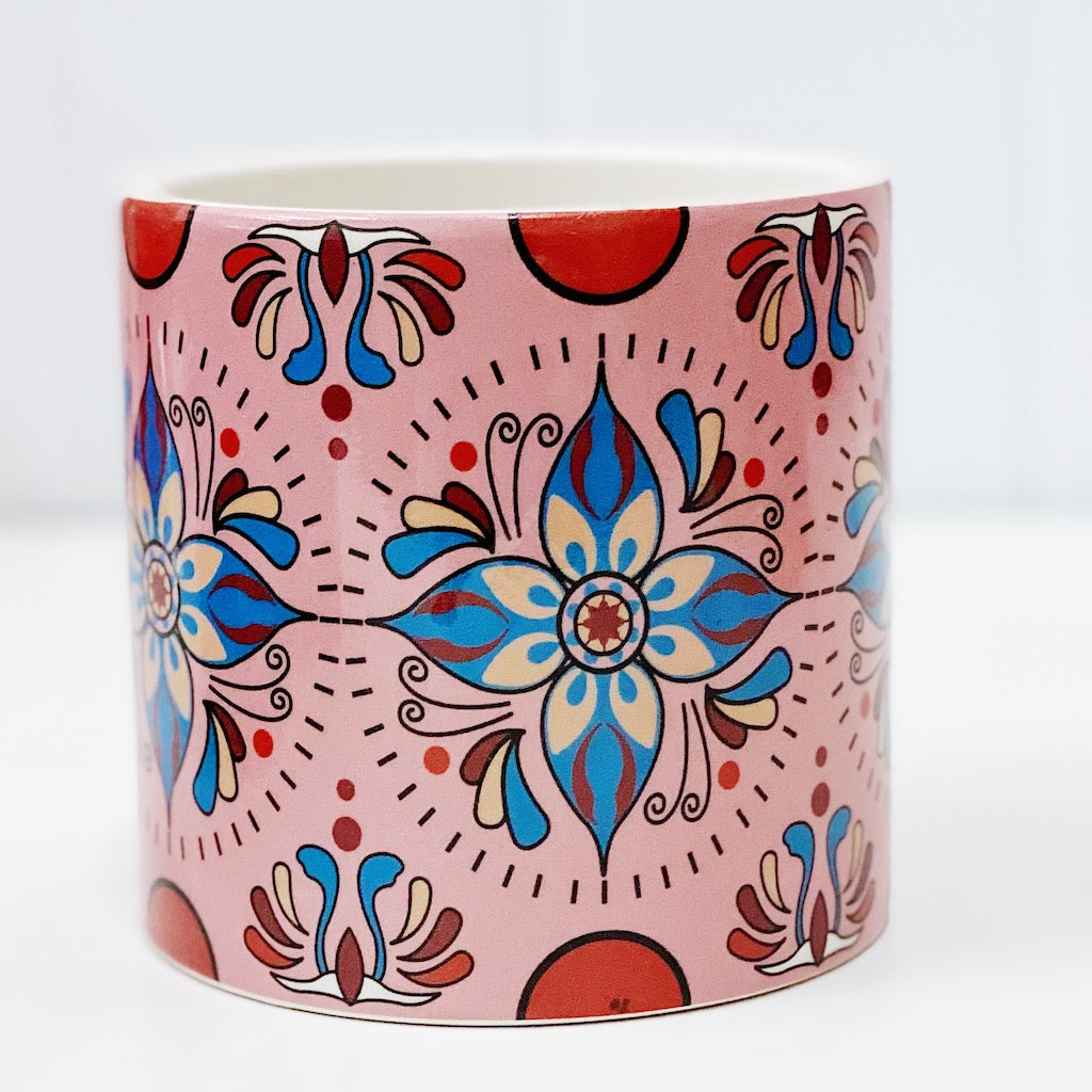 Our gorgeous Nyla Pots in Large create a unique style with bold shapes and bright shades of blues, reds and browns. Drainage hole and plug perfect for indoor and outdoor use. Available in 4 styles Measures: 13.5x13.5x12.cm. Ceramic.| Bliss Gifts & Homewares | Unit 8, 259 Princes Hwy Ulladulla | South Coast NSW | Online Retail Gift & Homeware Shopping | 0427795959, 44541523