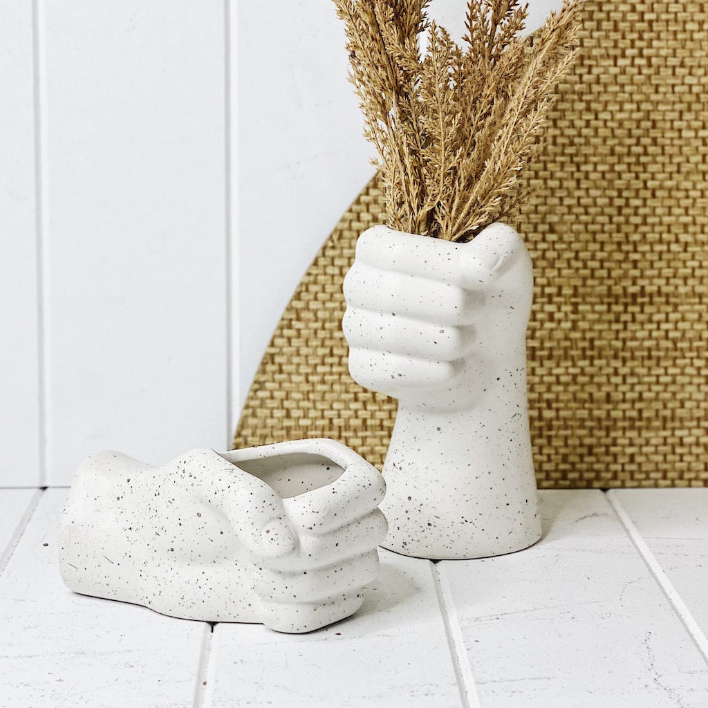 Our new ceramic Sculpture Hand Pot is 'hands down' the best planter for your contemporary home. With a cement speckle look, this on-trend pot/planter comes with a drainage hole and plug. 14.2 x 9.5 x 7 cm.| Bliss Gifts & Homewares | Unit 8, 259 Princes Hwy Ulladulla | South Coast NSW | Online Retail Gift & Homeware Shopping | 0427795959, 44541523