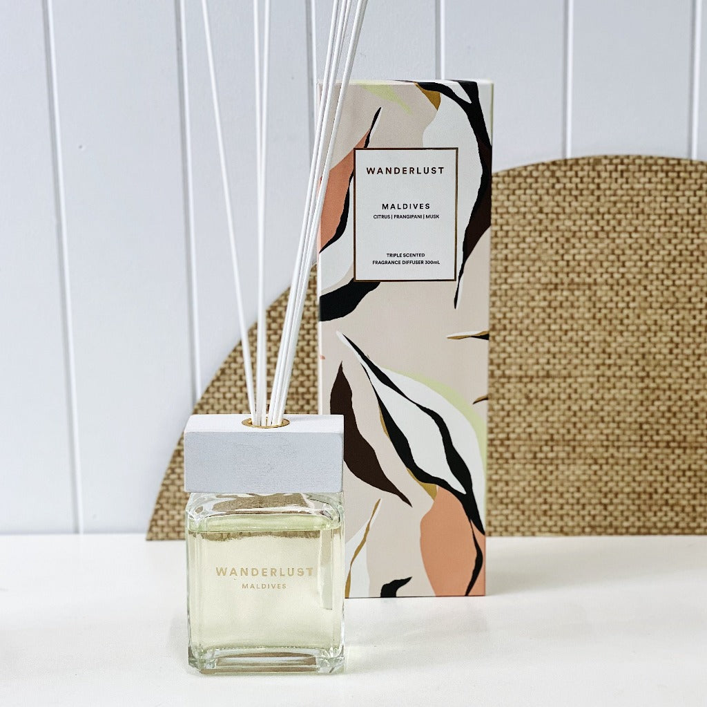 From salt&pepper's Wanderlust collection is this 300ml 'Maldives' diffuser filled with a dashing blend of citrus, frangipani and musk. Enjoying a lifespan of up to 14 weeks, this aroma derives from natural, European-sourced essential oils.| Bliss Gifts & Homewares | Unit 8, 259 Princes Hwy Ulladulla | South Coast NSW | Online Retail Gift & Homeware Shopping | 0427795959, 44541523
