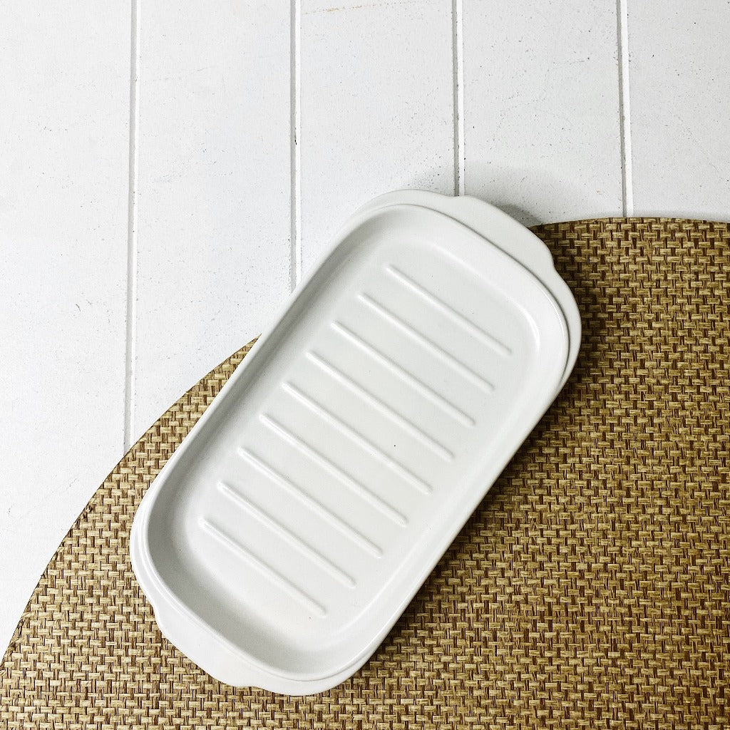 Coffee Culture Ceramic Serving Grill Plate White - Tapas Serving Plate - 30 x 15.5 x 2cm - Mix and match styles and colours - 4 stylish colours - Durable Ceramic - Dishwasher Safe - Microwave Safe |Bliss Gifts & Homewares - Unit 8, 259 Princes Hwy Ulladulla - Shop Online & In store - 0427795959, 44541523 - Australia wide shipping