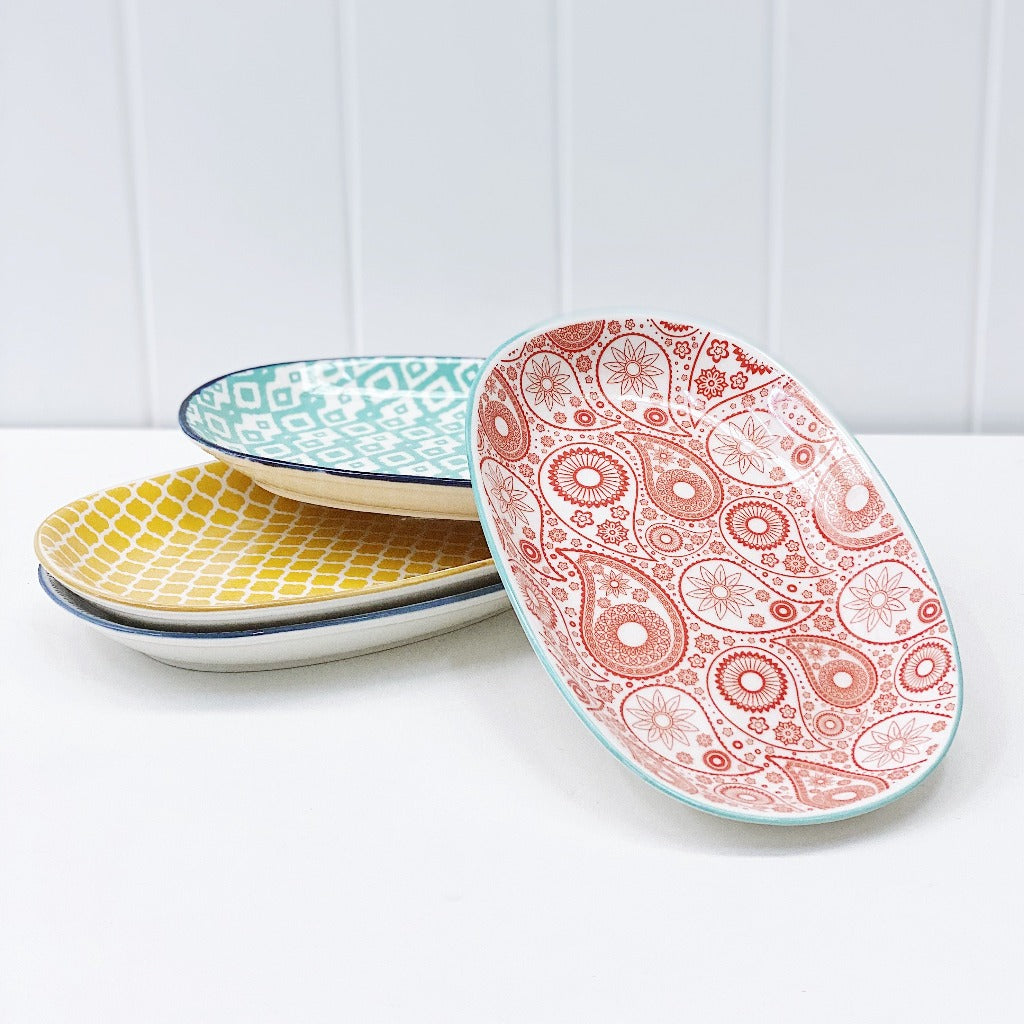 Moroccan Oval Platter - Moroccan Dinnerware - Mix & Match - 24cm(L)x15.5cm(W)x3cm(H) - wide range of colours and patterns - mix and match - Commercial Grade quality - Patterns Picked at random |Bliss Gifts & Homewares - Unit 8, 259 Princes Hwy Ulladulla - Shop Online & In store - 0427795959, 44541523 - Australia wide shipping