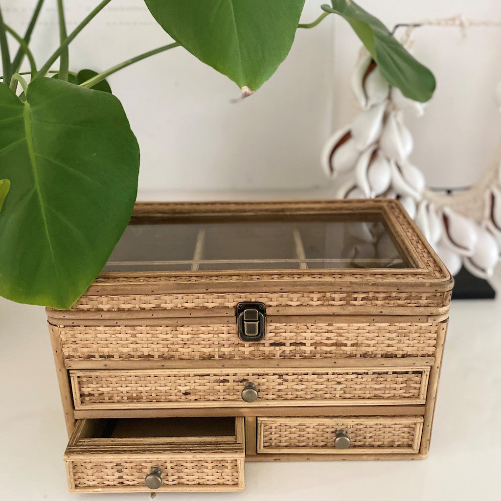 Our Rattan Weave Jewellery Box is a gorgeous piece to have set on your beauty desk or basin. The natural woven rattan detailing with cute brass drawer handles bring this jewellery box together. 36x20x20.| Bliss Gifts & Homewares | Unit 8, 259 Princes Hwy Ulladulla | South Coast NSW | Online Retail Gift & Homeware Shopping | 0427795959, 44541523