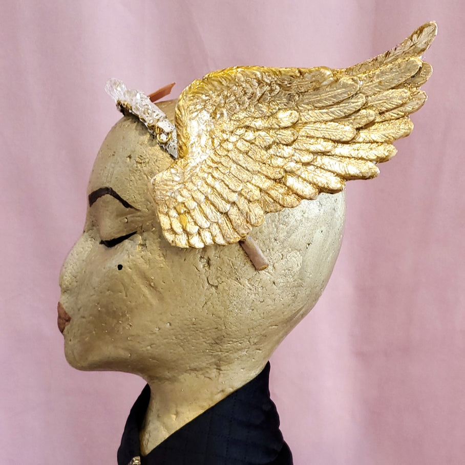 Golden wings crown