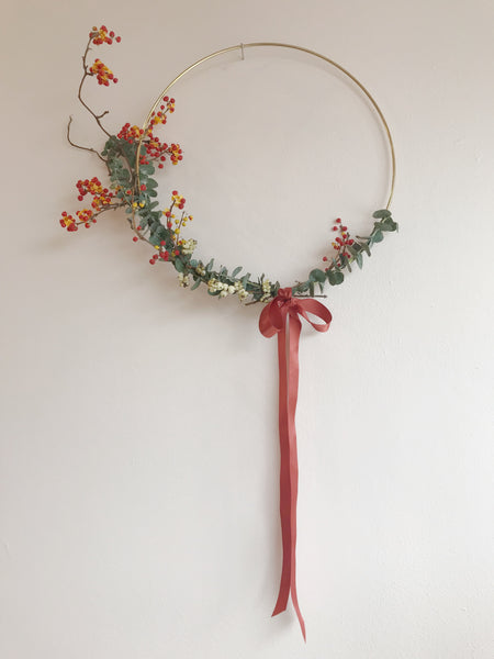 Minimal Gold Wreath - Large