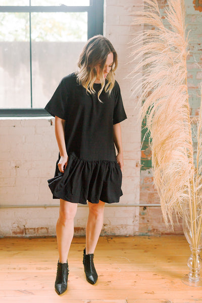 Emma Knudsen - Black T-shirt Dress