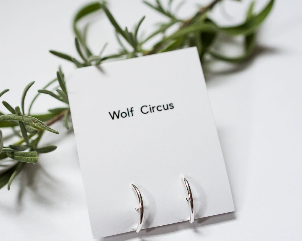 Wolf Circus arc over ear wire