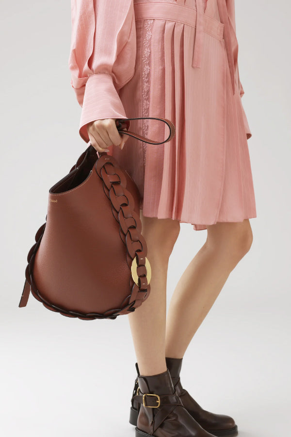 Chloé CHC20US341C61 Medium Darryl Bag - Sepia Brown Model