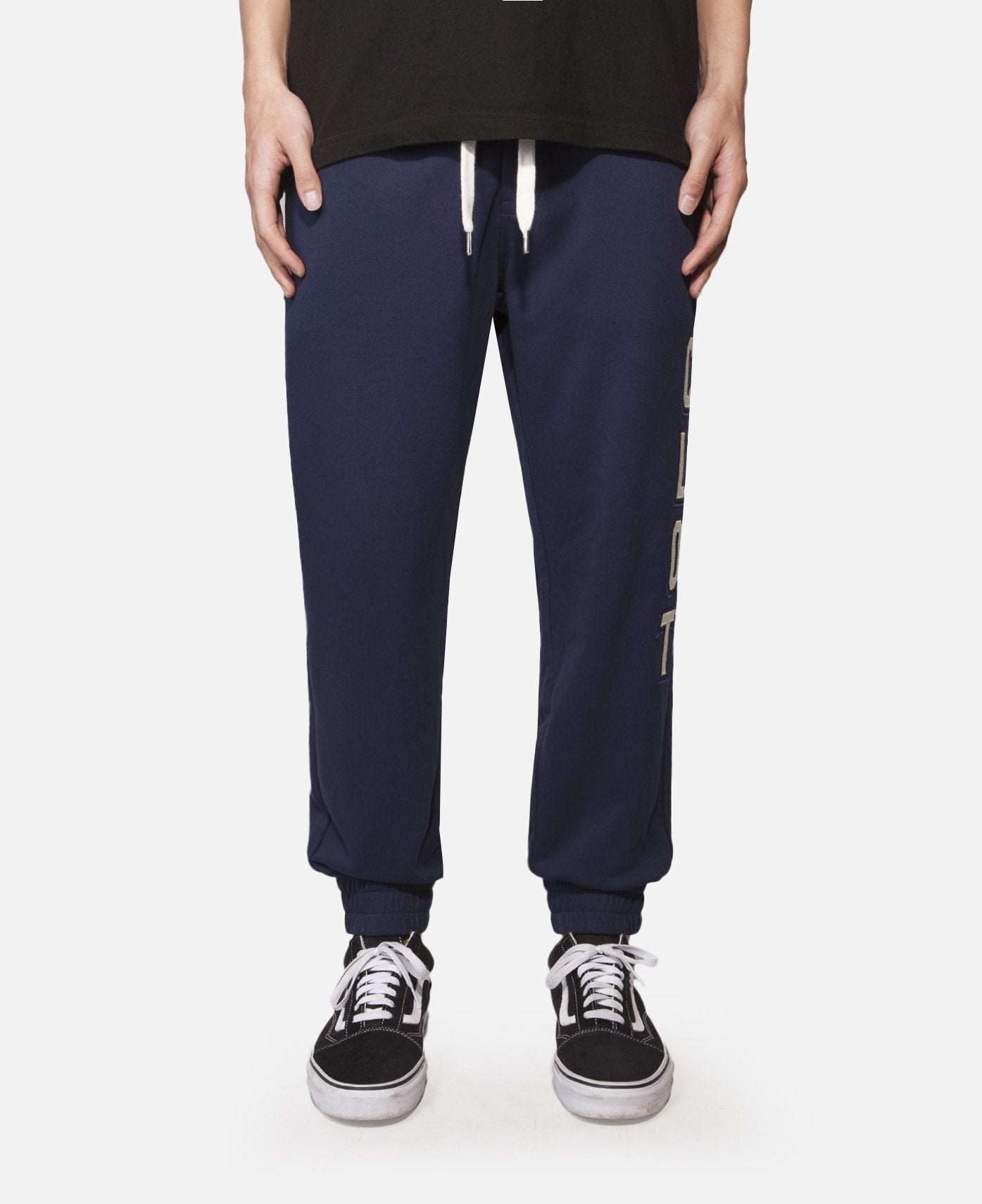 Applique Sweat Pants