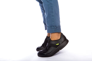MEN'S OOMG FIBRE LOW SHOE - BLACK & GRAY