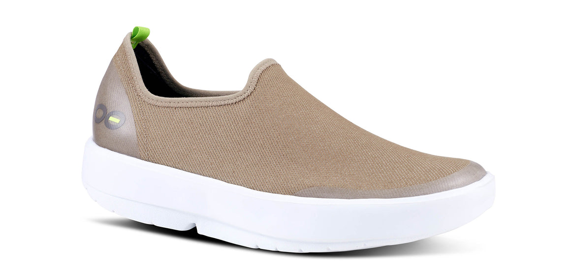 WOMEN'S OOMG EEZEE LOW - WHITE & TAUPE
